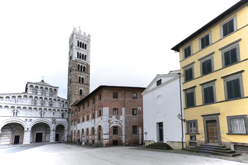 """""""Dentro la collezione. Dieci anni di arte contemporanea al Palazzo delle Esposizioni"""" a Lucca"""