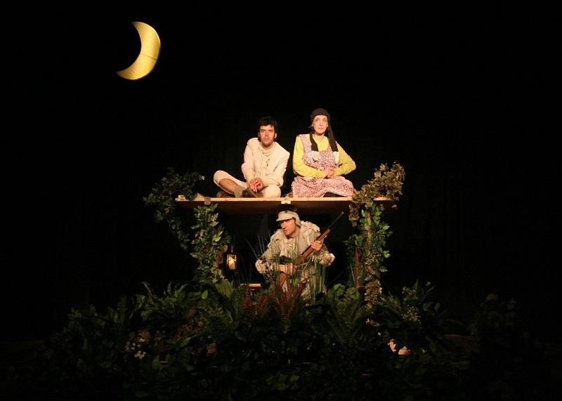 Teatro del Giglio In famiglia a Teatro Al Lupo al Lupo Coquelicot Teatro