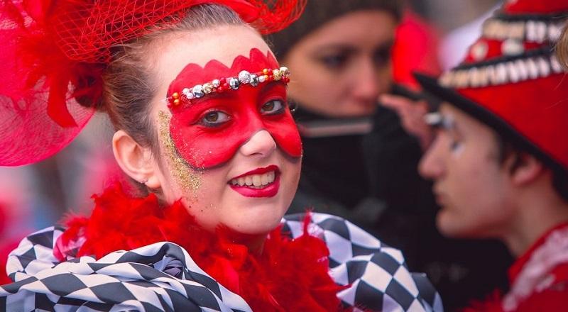 Carnevale di Viareggio 2019 dedicato alle donne
