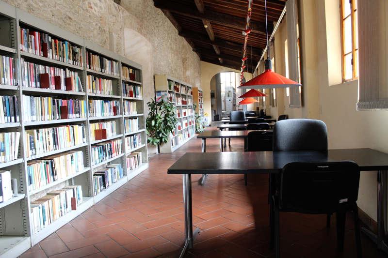 biblioteca-di-pietrasanta